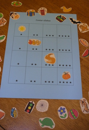 A printable game for practicing Spanish syllables.