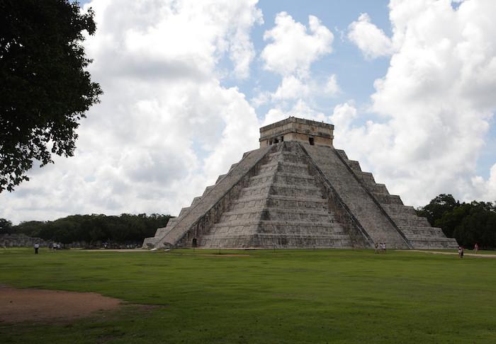 Esta pirámide está en Chichén Itzá en México. Chichén Itzá, México CC Image by Joe Hunt