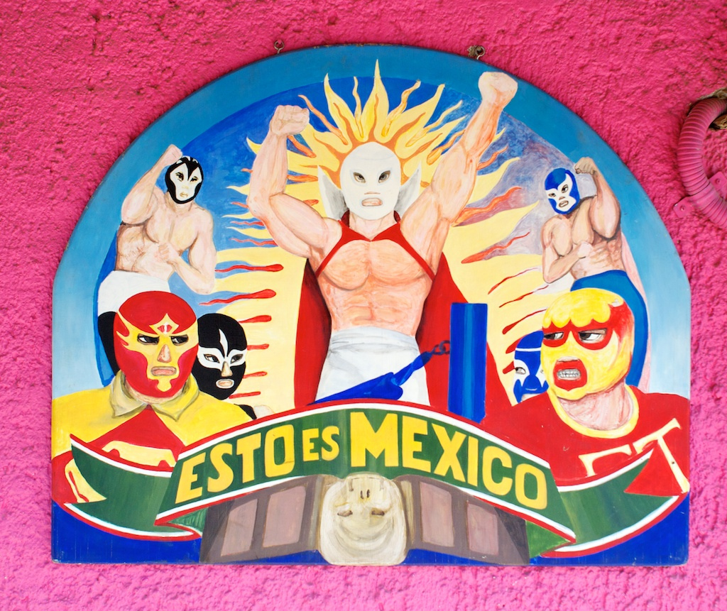 Kids learn about Mexican culture with lucha libre